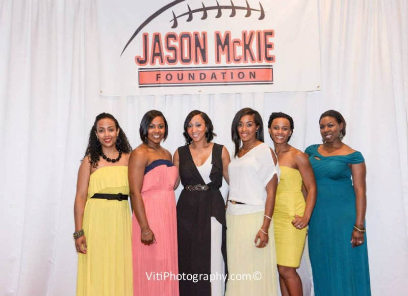 Beautiful Spouses of the Chicago Bears